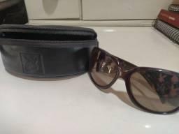 Óculos de sol da Playboy
