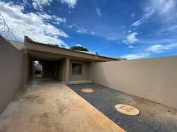 casa 2 quartos no jardim ingá com garagem coberta para até 3 crros