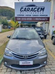 Toyota Etios 1.5, 2016, completo + couro.