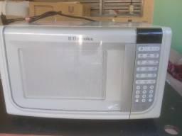 Vendo microondas Brastemp 220v