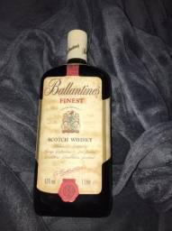 Vende-se Bebidas importadas, lacradas e antigas com mais de 20 anos