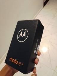 Vendo celular moto e6i barato novo