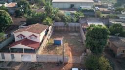 Título do anúncio: Terreno à venda, 450 m² por R$ 195.000 - Jardim Araguaia - Barra do Garças/MT
