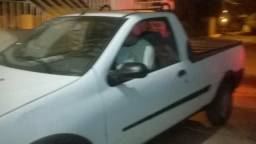 Strada vendo ou troco por outro carro do mesmo valor - 2004