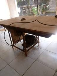 Vendo uma serra circular de mesa