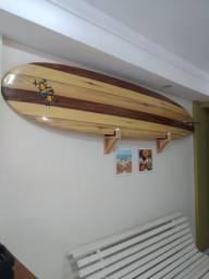 "Prancha Longboard 9'.1"" com suporte de parede"