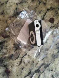 MP3 Play Shuffle Mini MP3 Player Suporta até 32GB com Fone e Cabo usb Carregador