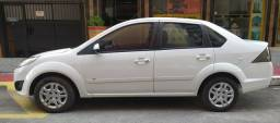 Fiesta sedan 1.6 13/14 completíssimo - 2013