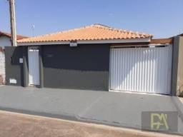 Casa com 3 dormitórios à venda, 110 m² por R$ 300.000,00 - Conjunto Brasil Novo - Avaré/SP