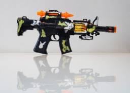 Arma De Brinquedo Metralhadora Com Efeitos- A Pronta Entrega