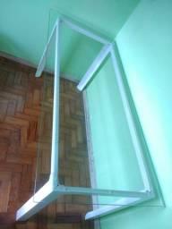 Mesa aço e vidro 180X95 Vidro TokStok Tok Stok Reunião Cursos Aparador home ofice