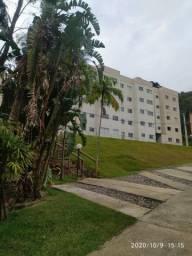 Lindo apartamento em meio a natureza