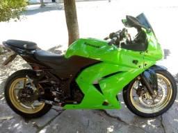 Vendo ou troco ninja 250r por xre 300