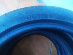 Pneus 225/45 R18 95Y