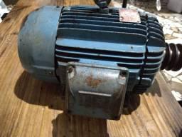 Motor Trifásico 1100 rpm weg