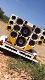 Vendo caixas (estrutura) de paredão de som!