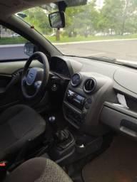 Ford Ka 12/13 revisado em janeiro!!! Pneus Novos!!!!