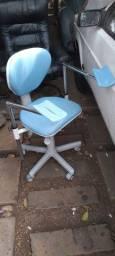 Título do anúncio: Cadeira giratória ,com apoio de braço profissional