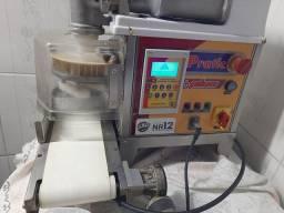 MCI ,Maquina de Salgafos  com esteira