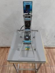 Título do anúncio: Prensa sublimadora e transfer manual Maquinatec 40x35 com base cinza 220V