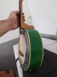 Banjo Marques verde
