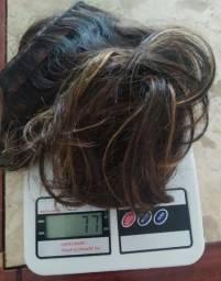 Cabelo humano mechado na técnica invisível hair