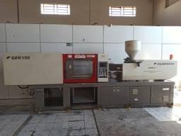 Título do anúncio: Maquina Injetora Termoplástica Golden 150 Ton - Ano 2015
