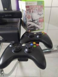 Xbox 360 semi novo desbloqueado