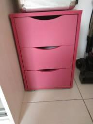 Gaveteiro rosa