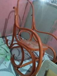 Vendo essa cadeira de embalo de vime  150