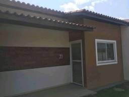 86/ Casas em condomínio fechado, 64m2.