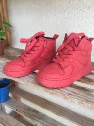 Título do anúncio: Sapato tênis vermelho zara