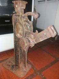 Macaco antigo até 15 toneladas