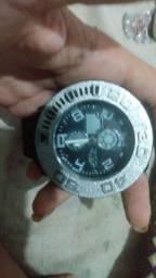 Vendo 2 relógio original