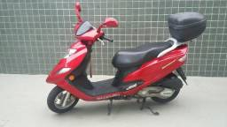 Moto Suzuki Burgman 125cc - 2013