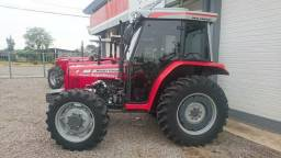 Trator Massey Ferguson modelo 255/4 k