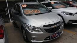 Gm - Chevrolet Onix 1.0 2018 Completo - 2018