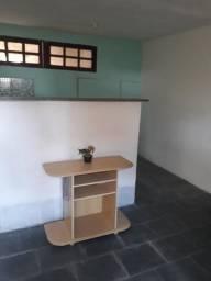 Casa de 1 quarto, sala, cozinha, banheiro e quintal