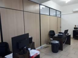 Móveis e divisória para escritório alto padrão