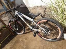 Vendo ou troco bicicleta por ps4