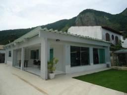 Linda casa linear - 2° quadra da praia de Itacoatiara