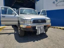 Toyota Hilux 4x4 3.0 - Sua primeira toyota raiz - PNEUS zero! - 2005