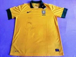 Camisa da Seleção Brasileira autografada pelo Cafu - NOVA