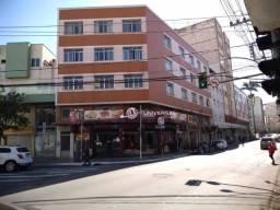 Título do anúncio: Apartamento com 3 quartos para alugar, 95 m² por R$ 1.000/mês - São Mateus - Juiz de Fora/