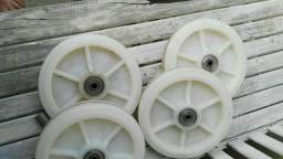 Roda de teflon rolamentada