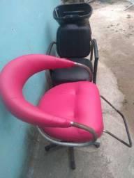 Lavatório água quente e cadeira