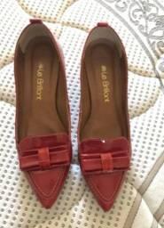 Lindo sapato em couro - num 36