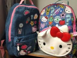 Duas mochilas Hello Kitty produto oficial