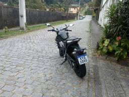 Moto MT 03