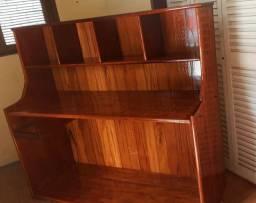 Móvel Escrivania todo em madeira maciça